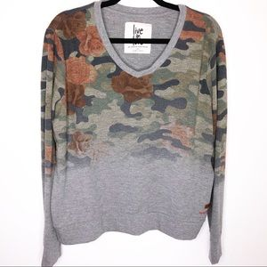 Peace Love World | Camo Sweatshirt